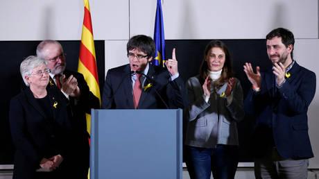 Εκλογές Καταλονία: Απόλυτη επικράτηση των αυτονομιστών και μεγάλη ήττα για τον Ραχόι