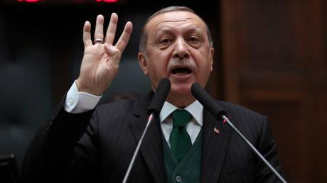 Ερντογάν: Τα δικαστήρια των ΗΠΑ δεν μπορούν να δικάσουν τη χώρα μου