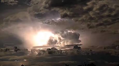 Η εντυπωσιακή ηλεκτρική καταιγίδα της Αυστραλίας (vid)
