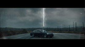 Η υβριδική BMW 530 προκαλεί κεραυνούς (vid)