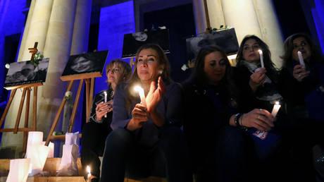 Λίβανος: Διαμαρτυρία στη Βηρυτό μετά τις δολοφονίες τουλάχιστον 3 γυναικών (pics)