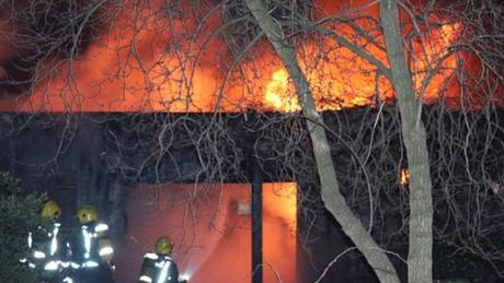 Λονδίνο: Πυρκαγιά στο ζωολογικό κήπο – Δεν κινδυνεύουν τα ζώα, λέει η πυροσβεστική