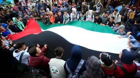 Με γενική απεργία και κινητοποιήσεις αντιδρά η Παλαιστίνη στην απόφαση των ΗΠΑ για την Ιερουσαλήμ