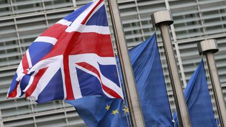 Ξεκινά η επόμενη φάση διαπραγματεύσεων του Brexit με την υπογραφή του Ευρωκοινοβουλίου