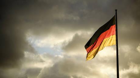 Οι Γερμανοί είναι απαισιόδοξοι για το μέλλον παρά την άνθιση στα οικονομικά τους