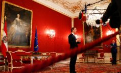 Ορκίζεται τη Δευτέρα η νέα κυβέρνηση της Αυστρίας