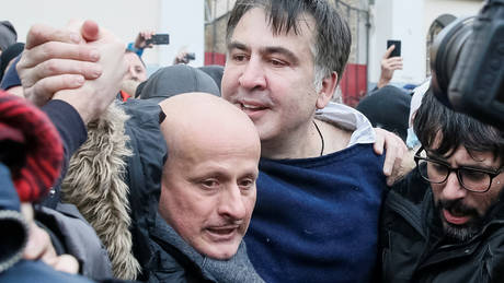 Ουκρανία: Διορία 24 ωρών έδωσε ο εισαγγελέας στον Σαακασβίλι για να παραδοθεί