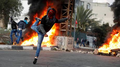 Παλαιστίνη: Δεκάδες Παλαιστίνιοι τραυματίες από πυρά του ισραηλινού στρατού (pics)
