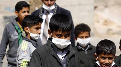Πιέσεις Μακρόν στον βασιλιά της Σαουδικής Αραβίας για πλήρη άρση του αποκλεισμού Υεμένης