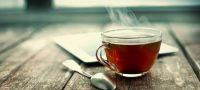 Ποια πάθηση των ματιών «αποτρέπει» ένα… ζεστό τσάι