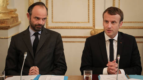 Σάλος στη Γαλλία για το ταξίδι των… 350.000 ευρώ του πρωθυπουργού Φιλίπ