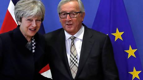 Συνεχίζονται οι διαπραγματεύσεις ΕΕ-Βρετανίας: Πιθανή συνάντηση Γιούνκερ–Μέι