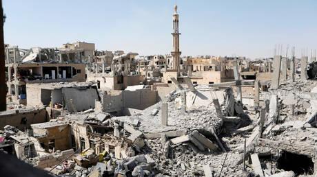 Συρία: Δύο τεράστιοι ομαδικοί τάφοι εντοπίστηκαν στη Ράκα