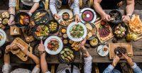 Τα φαγητά που αγαπούν οι άνθρωποι αλλά και τα… βακτήρια