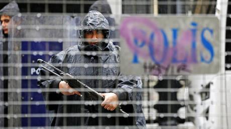 Τουρκία: Αποπέμφθηκαν πάνω από 2.700 άτομα από κρατικούς φορείς