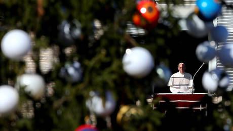 Χριστούγεννα σε Βατικανό και Βηθλεέμ – Το μήνυμα του Πάπα Φραγκίσκου για τους πρόσφυγες