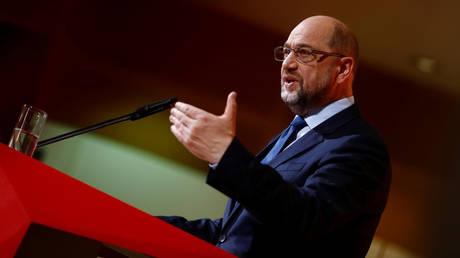 Handelsblatt: Μπαίνει στην κυβέρνηση αλλά θέλει το υπουργείο Οικονομικών ο Σουλτς