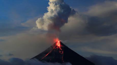 «Έτοιμο» να εκραγεί το ηφαίστειο Ζάο στην Ιαπωνία