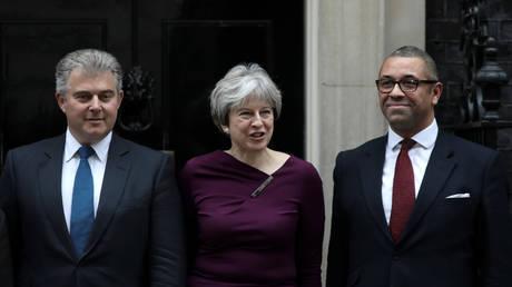 «Λίφτινγκ» στη βρετανική κυβέρνηση από την Τερέζα Μέι