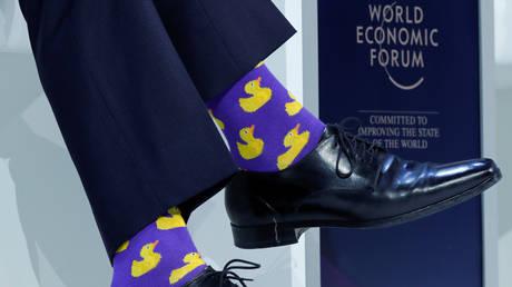 Άστραψαν (πάλι) τα φλας στο Νταβός: Ο Τριντό και οι κάλτσες του ξανά στο επίκεντρο!  (pics)