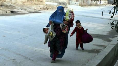 Ένα παιδί νεκρό στο Πακιστάν από τον σεισμό των 6,1 Ρίχτερ στο Αφγανιστάν