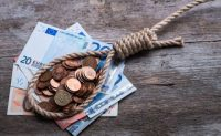 Βόμβα 10,2 δισ. ευρώ στα ταμεία από χρέη έως 50.000 ευρώ