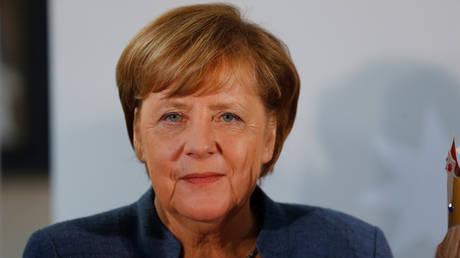 Γερμανία: Σε σχηματισμό κυβέρνησης πριν το Πάσχα ελπίζει η Μέρκελ