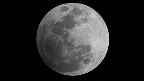 Δείτε live το «σούπερ μπλε ματωμένο φεγγάρι» (pics&vid)