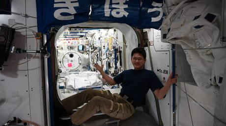 Ιάπωνας αστροναύτης ζητάει συγγνώμη για τα «fake news» ότι ψήλωσε στο διάστημα