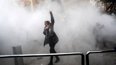 Ιράν: Ακόμη εννέα νεκροί στις αντικυβερνητικές διαδηλώσεις