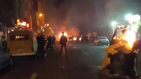 Ιράν: Αυξήθηκε ο αριθμός των νεκρών στις αντικυβερνητικές διαδηλώσεις (pics)