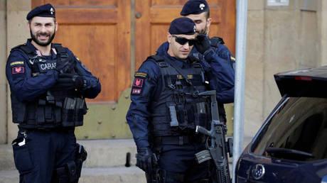 Ιταλία: 48χρονος σκότωσε την σύζυγό του και πυροβόλησε περαστικούς