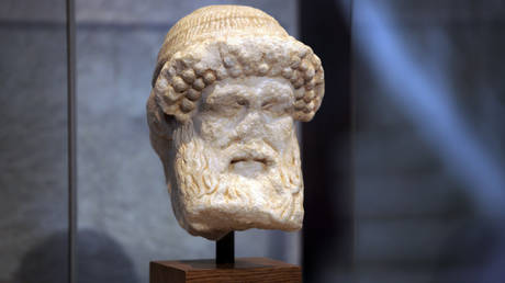 Κλεμμένα αρχαία από Ελλάδα και Ιταλία βρέθηκαν σε σπίτι δισεκατομμυριούχου στο Μανχάταν