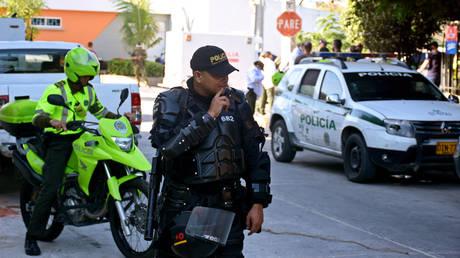 Κολομβία: Νεκροί και τραυματίες από βομβιστικές επιθέσεις σε αστυνομικό τμήμα
