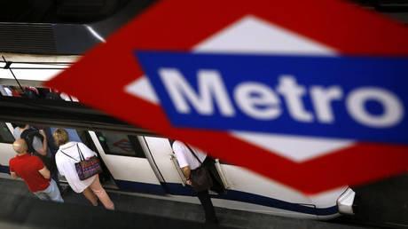 Μαδρίτη: Αποσύρονται, μετά από έναν αιώνα «ζωής», τα χάρτινα εισιτήρια του μετρό
