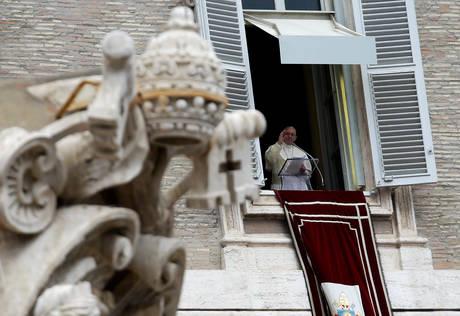 Ο πάπας Φραγκίσκος στέλνει ηχηρό μήνυμα ειρήνης σε όλο τον κόσμο