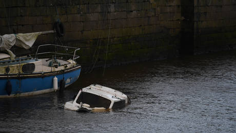 Πορτογαλία: Πλοίο με 70 επιβάτες προσέκρουσε σε βράχια
