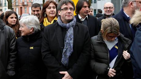 Στη Δανία ο Πουτζντεμόν – Επανενεργοποίηση του ευρωπαϊκού εντάλματος σύλληψής του ζητά η Ισπανία