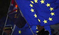 Συντηρητικοί για Brexit: Στηρίξτε ειδάλλως το χάος καραδοκεί