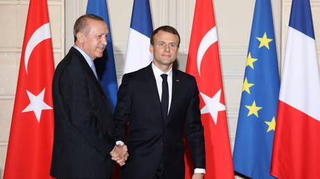 Τι συζήτησαν Μακρόν – Ερντογάν στη συνάντησή τους (pics)