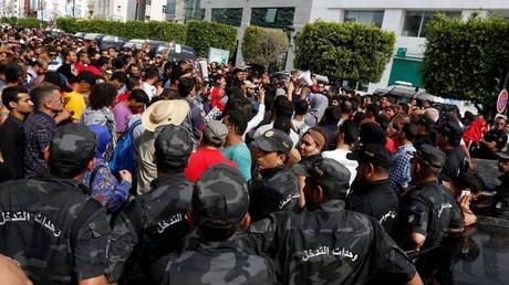 Τυνησία: Ένας νεκρός και αρκετοί τραυματίες σε αντικυβερνητικές διαδηλώσεις