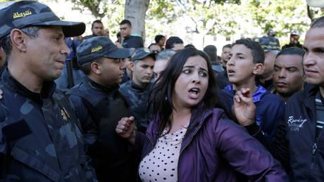 Τυνησία: Δεκάδες νέες συλλήψεις διαδηλωτών κατά των μέτρων λιτότητας