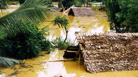 Τυφώνας «σάρωσε» τη Μαδαγασκάρη: 29 νεκροί, 22 αγνοούμενοι και χιλιάδες εκτοπισμένοι (pics)