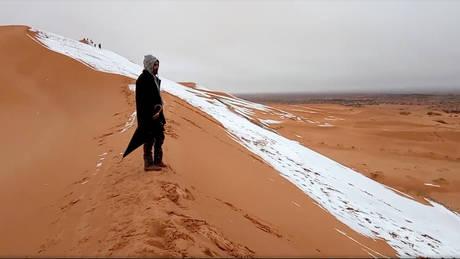 Χιόνισε στην «Πύλη της Σαχάρας» (pics)