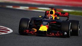 Red Bull: «Μόνο καλό μπορούν να κάνουν τα νέα ελαστικά στην F1»