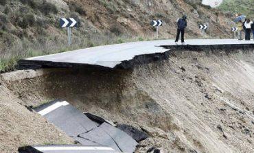 Κατέρρευσε τμήμα αυτοκινητόδρομου στη Μπραζίλια (pics)