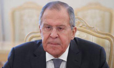 Λαβρόφ: Προτείνει διάλογο Άγκυρας και Δαμασκού, αναγνωρίζοντας τις «προσδοκίες των Κούρδων»