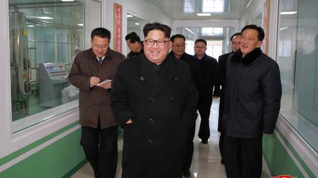 Πρόσκληση Κιμ Γιονγκ Ουν στον πρόεδρο της Νότιας Κορέας να επισκεφθεί την Πιονγκγιάνγκ