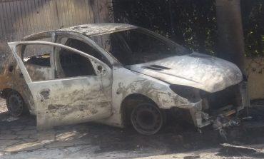 Υλικές ζημιές σε τέσσερα οχήματα από εμπρησμό στην Κηφισιά