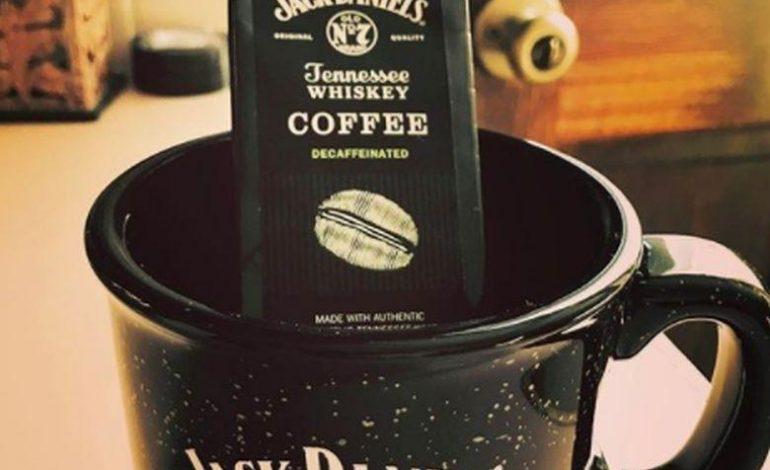 Καφές με άρωμα ουίσκι δια χειρός «Jack Daniels»